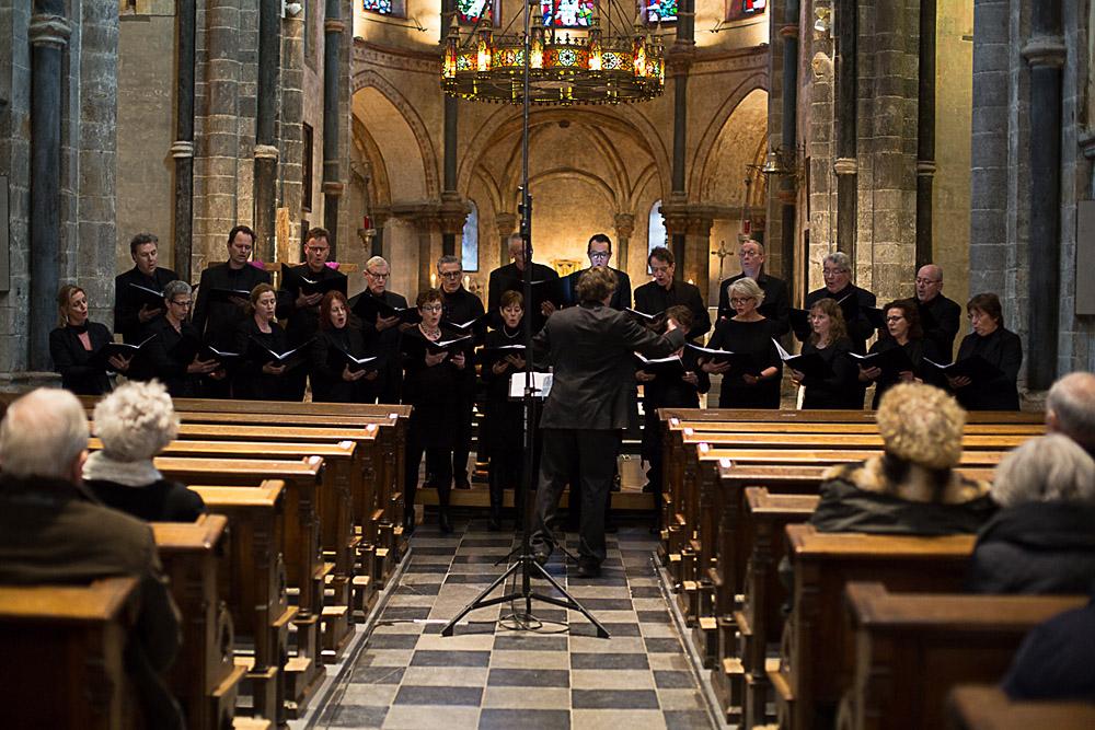 Silhouet Munsterkerk altaar 1000